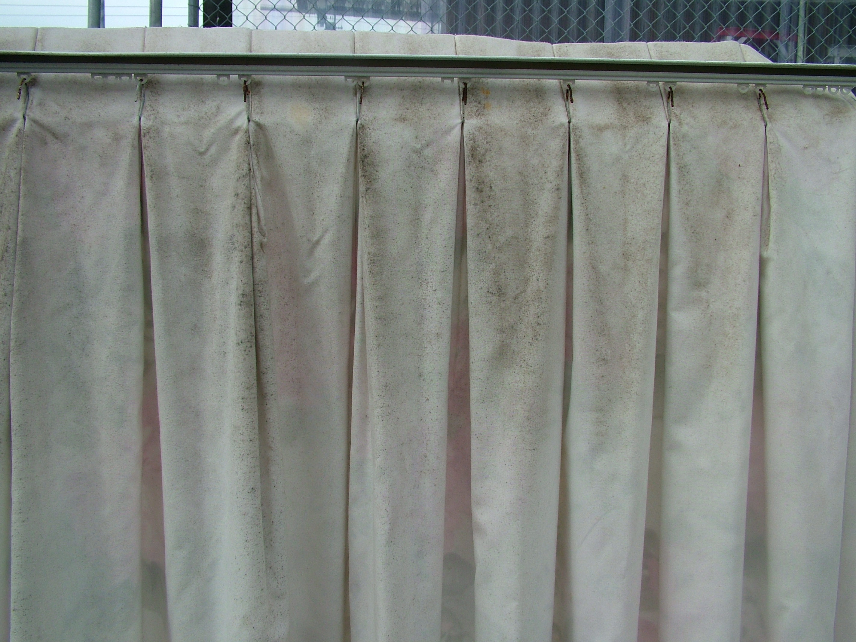 Cleaning Mouldy Curtains And Drapes Can They Be Cleaned